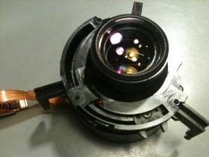後玉と絞りユニット。EF-S 18-55mm II USM