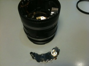 超音波モータ(USM)ユニット。EF-S18-55mm F3.5-5.6 II USM