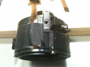 アセテート粘着テープでフレキを固定。EF-S 18-55mm II USM