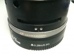 ストッパーの止めネジ(外面)。EF-S18-55mm F3.5-5.6 II USM