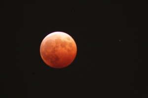 皆既月食と天王星(2014/10/08)